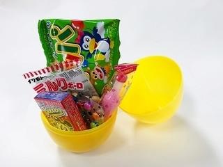 エッグカップ駄菓子.jpg