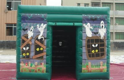 Mini horror tent 1.jpg